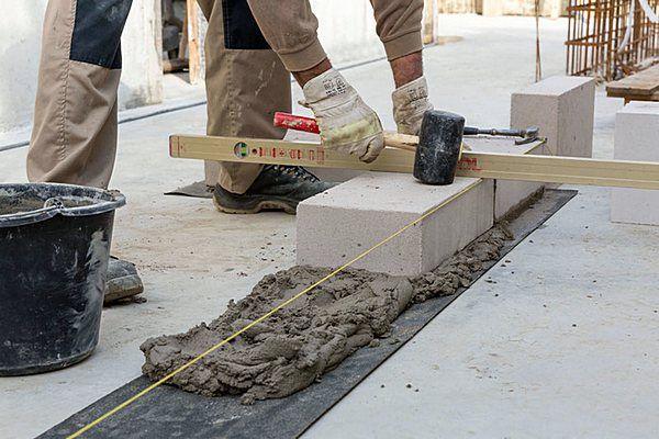 hochbau maurerarbeiten umbau sanierung trockenlegung abdichtung neubau betonbau fundamente. Black Bedroom Furniture Sets. Home Design Ideas